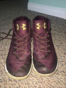 Curry basketball shoes  ( purple, MVP edition )