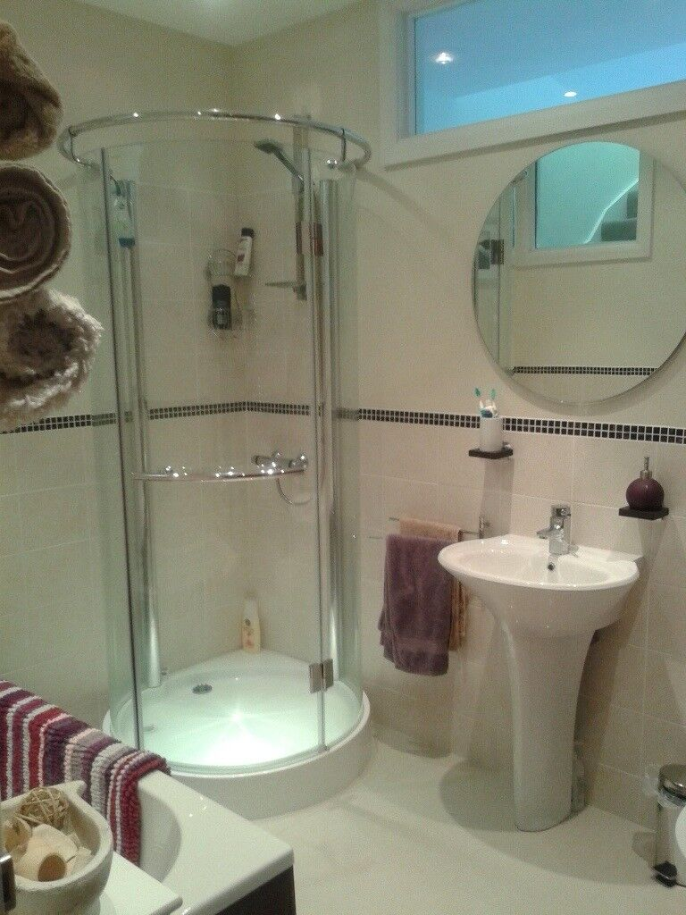 Rooms available to rent in 3 bed semi