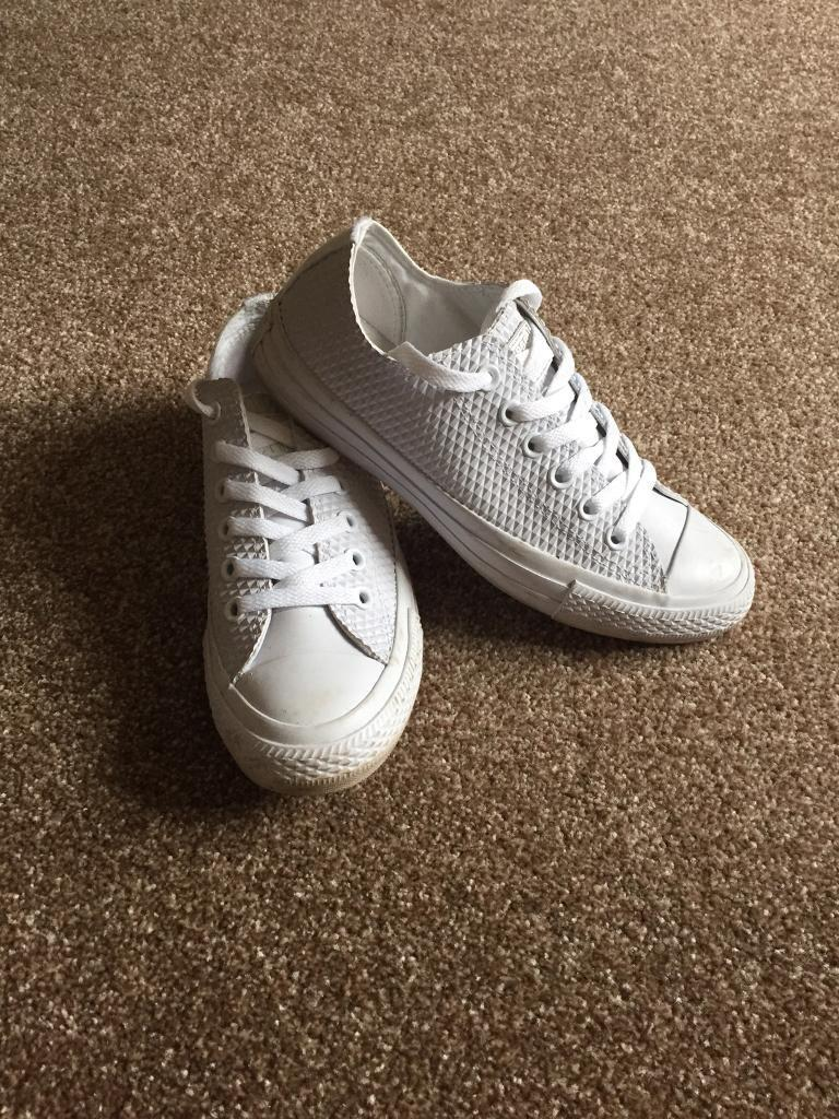 Converse trainers size 5
