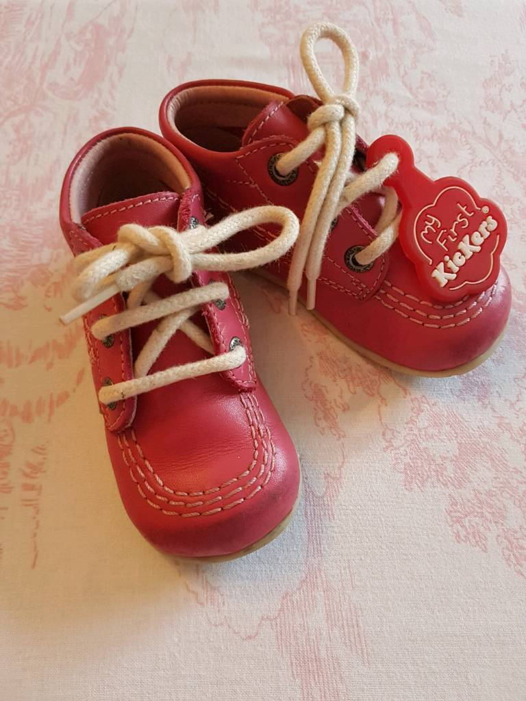 Kickers baby girl infant size 4