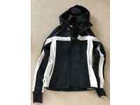 Women's knitshell ski jacket, Size medium by Dale Norway