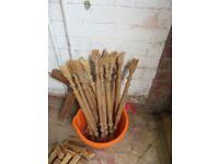 Pine varnished spindles, banister & spacers