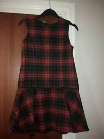 Girls tartan dress size 7-8