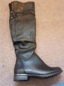 Brand new knee length boot size 4