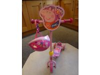 PEPPA PIG SCOOTER WITH SAFETY HELMET