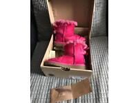 Girls toddler size 7 pink bailey bow uggs slight fading