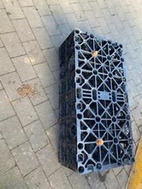 Soak away crate