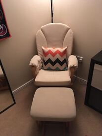 Dutailer nursing chair