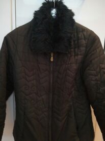 Ladies black quilted jacket with faux fur detachable collar - size 10/12
