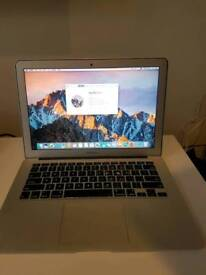 """Mac book air 13"""" i5 with SSD 2014"""