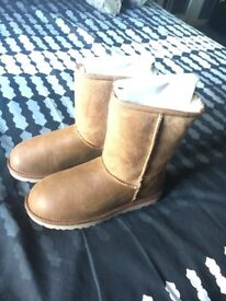 Ugg boots size 3.5