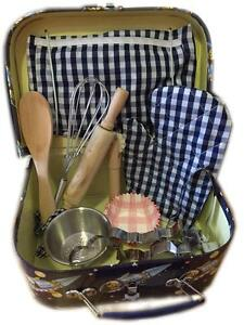 NEW Cocomotion Rocket Man Baking Cooking Set for Kids in Case - Inc Apron, Mit
