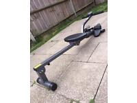 Pro fitness rowing machine with digital display Can deliver