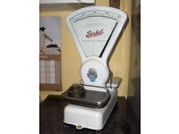 scales vintage avery