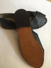 Leather sandals vintage New 4-4.5