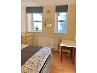 Minutes walking to Swiss Cottage.Two Double Rooms