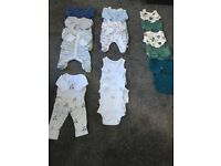 Tiny baby / early baby clothes bundle