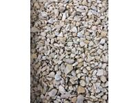Cotswold buff stones/chips £84 per bab