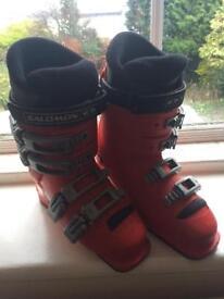 Salomon ski boots Uk size 4