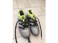 Sz3 Adidas ace 16's Astro Turf boots