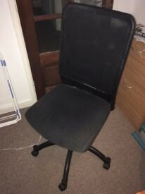 Desk chair - fully working.
