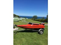 Small Spitfire Boat Speedboat 9ft Long 9.9hp Outbard & Trailer