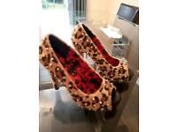 Leopard Studded Size 6 Heels