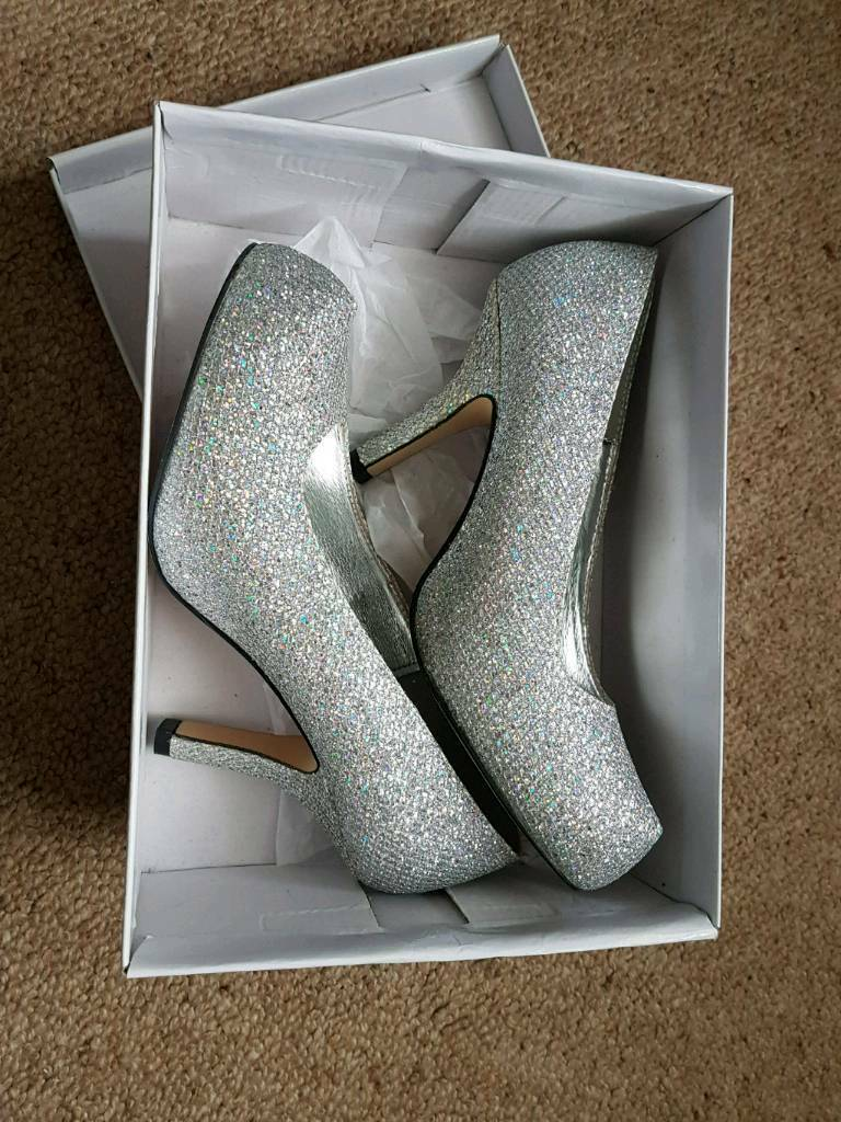 448f07eb26e2a Brand new and boxed all over silver glitter mid heeled women's shoes size 6  | in Nottingham, Nottinghamshire | Gumtree