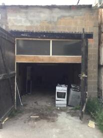 Large garage/ Small unit to rent