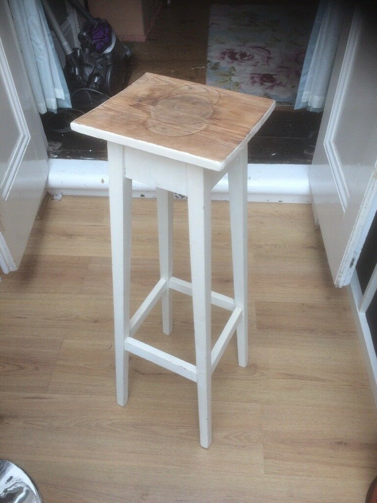 Thin wooden table