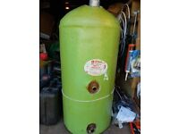 Hot wayer cylinder