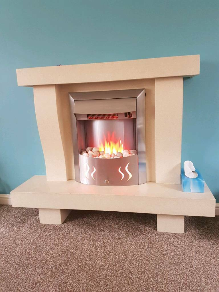 Electric fire and surround with remote