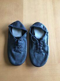 Black split sole jazz shoes