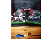Xbone with 2 venom baterries 1 , the console has hardly been used ,