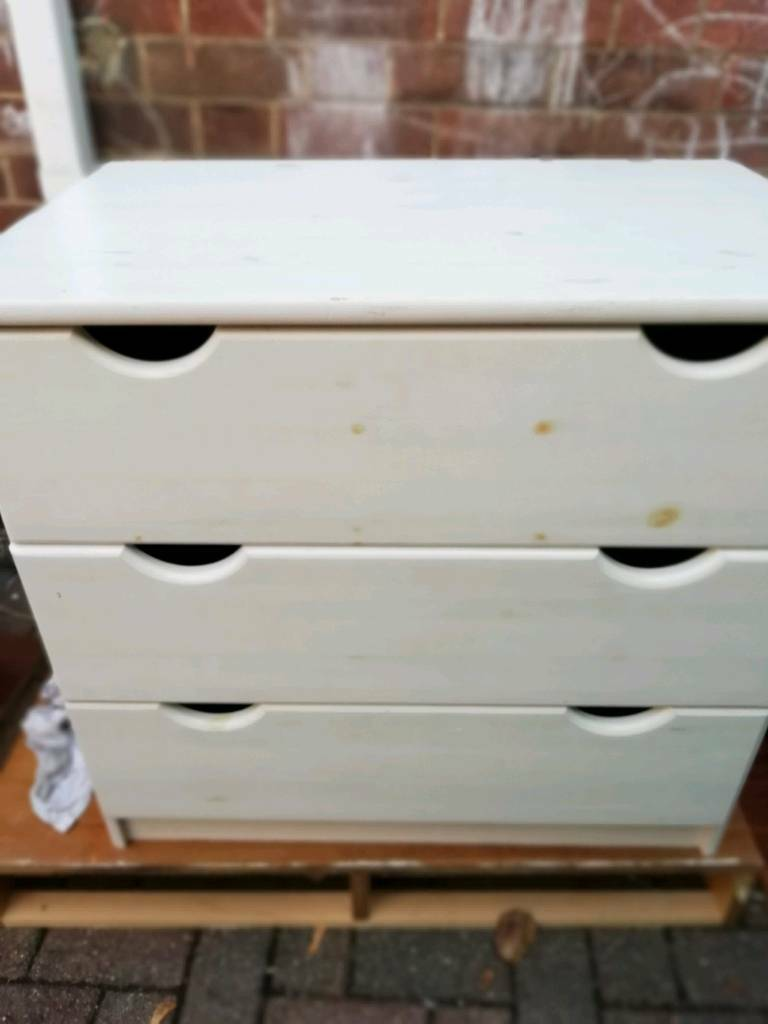 Pine White Painted Chest Of Drawers