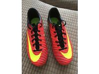 Nike bladed football boots