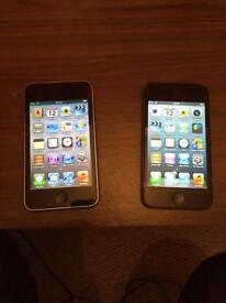 Tow iPods touch