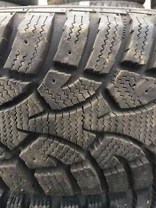 Plusieurs pneus d'hiver à l'unité