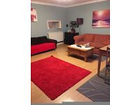 Great condition 2 bedroom flat with Balcony and Garage