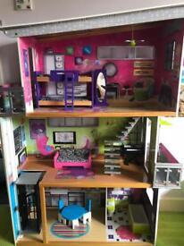ELC large dolls house £25