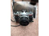 Photographic lot - incl. Olympus OM-1 body.