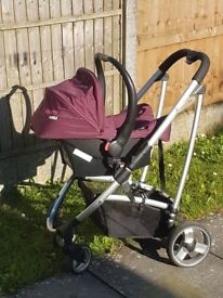 Cosatto 3 in 1 travel system with carseat