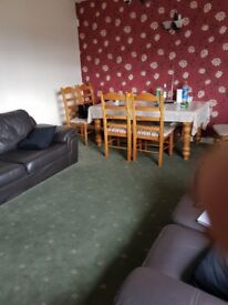 THREE BED FLAT TO RENT