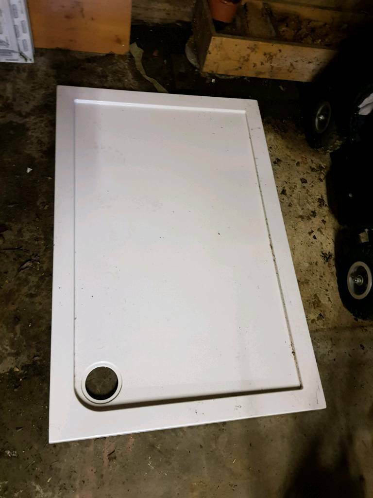 Double shower tray