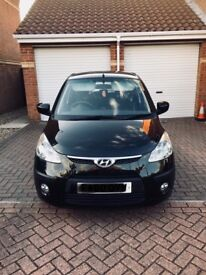Hyundai i10 comfort, low mileage, metallic black, air conditioning, alloy wheels, fog lights