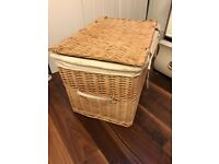 LARGE WICKER STORAGE BASKET WITH LID AND HANDLES, FULLY LINED