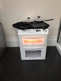 Casdon Kitchen Set, Washing Machine, Sink, Cooker, Microwave, Toaster and Hettie the Hoover