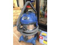 Einhell Wet and Dry site vacuum with power take off and loads of spares