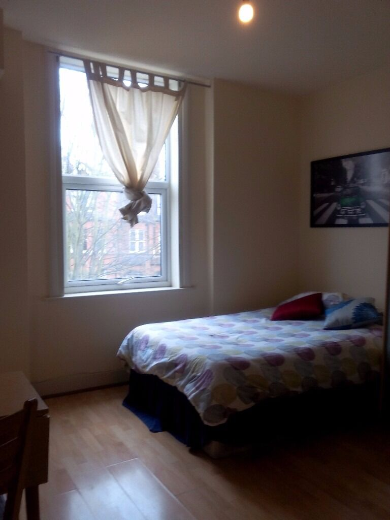 Cosy ready to move in Studio Flat for £965pcm in Willesden Green/ zone 2!