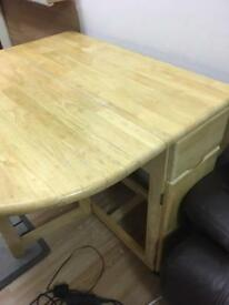 Solid wood dining table foldable with two foldable chairs